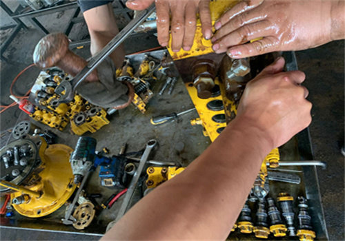 欢迎访问##毕节市小松挖掘机修理店##股份集团